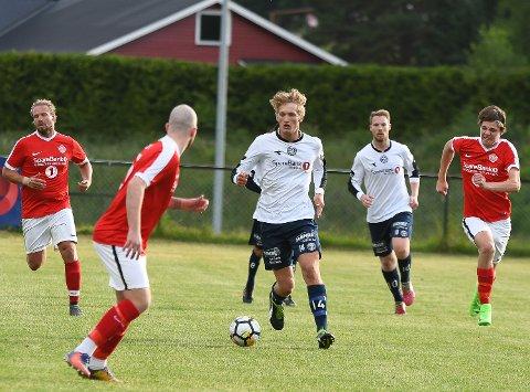 Drivende god: Sivert Holth Sætra spllte en god kamp og scoret også det første målet.