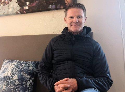 TRAVET: Expa Travel AS´gründer, Eric Berglund fra Hyggen sender huringer og røykenbøringer på aktive ferieturer over hele verden.