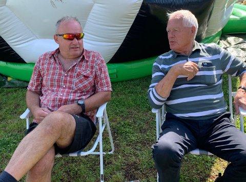 RINGREVER: To eldre ringrever stilte opp på Åpen Dag i Slemmestad, Asle Johansen og Birger Beck .