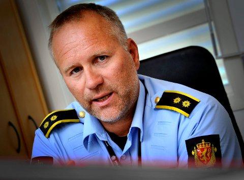 Politiførstebetjent Terje Bøe i Sarpsborg-politiet er godt fornøyd med kveldens politiaksjon som var rettet inn mot dopingmiljøet i Sarpsborg.