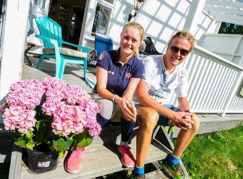 VANT BIL: Mathilde Kalland vant en bil for ett år denne uken, men pappa Geir må belage seg på å sitte i passasjersetet. Foto: Marie Edholm Andresen