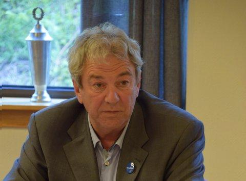PINLIG: Jørn Christensen (H) mener det er pinlig at Notodden ikke vil bli besøkt av Riksteateret.