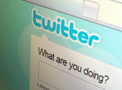 I februar slettet Twitter over 125.000 kontoer som de mente kunne knyttes til ytterliggående islamistgrupper som IS.