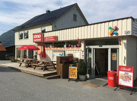 Coop Marked – eller Bøfjord Samvirkelag – er nærbutikk for heile Bøfjorden i dag. (Foto: Bernt G. Bøe)