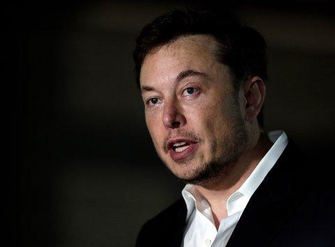 TAR PROBLEMET SERIØST: Tesla-sjef Elon Musk er kjent med problemene norske Tesla-eiere har. Foto: Kiichiro Sato / AP / NTB scanpix