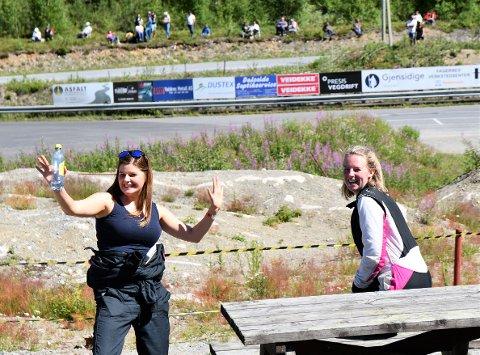 BESTE VALDRESDAMER: Cathrine Haugen Hauglid (t.v.) og Ingrid Elise Bråten tok 4. og 5.-plassen i dameklassen på hjemmebane.