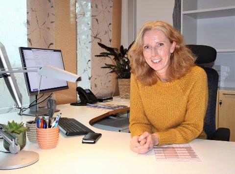 Rektor Lise Merete Austvik ved Grevlingen forteller at skolen var forberedt på å måtte gå fra gult til rødt nivå på kort tid.
