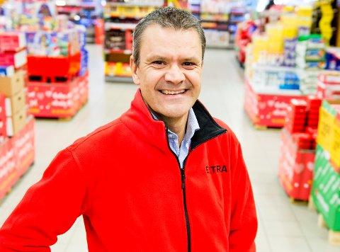 I PORTALEN TIL HØSTEN: – Vi er eid av kundene, og spesielt unge har omfavna delingsøkonomien, sier kjededirektør i Extra, Christian Hoel. FOTO: John T. Pedersen
