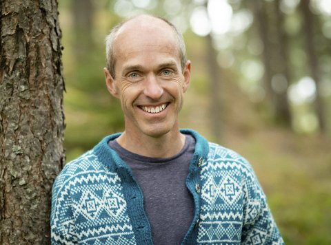 KLARE MENINGER OM ÅS: Gisle Bjørneby, lærer og SP-politiker.