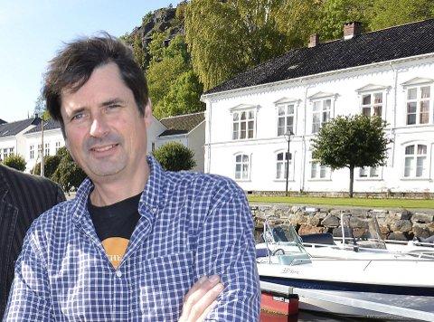 Gruppeleder i Arbeiderpartiet, Paal Eckhoff Salvesen blir opprørt av Stian Lunds karakteristikker.