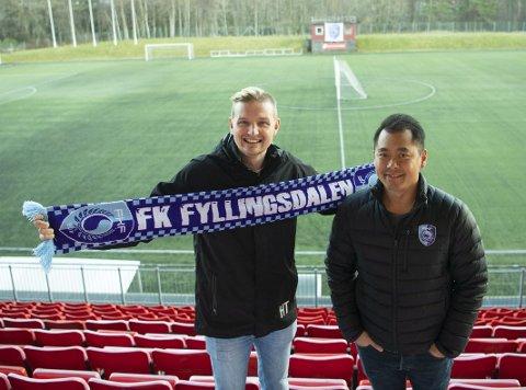 Erik Huseklepp (34) er klar for FK Fyllingsdalen i 3. divisjon. Det får trener Hiep Tran til å glise.
