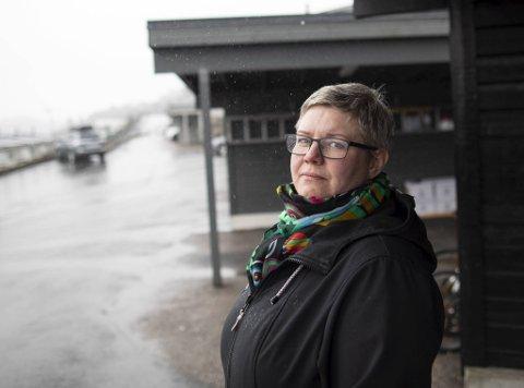 Bente Soltvedt Leversen, hovedtillitsvalgt for sykepleierne i Bergen kommune, er skeptisk til at ansatte i helsetjenestene ikke får bruke munnbind  også når pasientene ikke har luftveissymptomer.