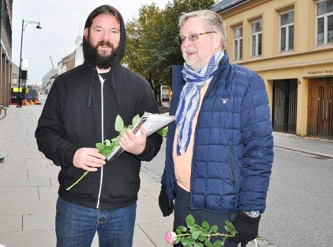 KRF-INITIATIV: Initiativet til interpellasjonen kom fra Krf. Her representert ved Odd Gusrud. Også Bjønnulv Evenrud fra Folk er Folk var tilstede da interpellasjonen ble gjort kjent fredag formiddag.
