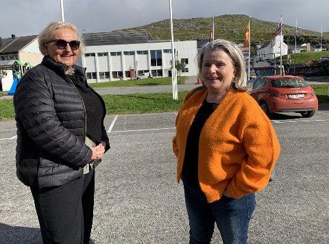 AMIGITOS: Økonomiansvarlig Trine Landsverk og grunnlegger Siv Mika Engebretsen var på plass i Honningsvåg 27. august.