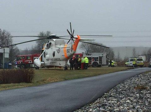SKADET: En person er skadet i et arbeidsuhell på Råbekken.