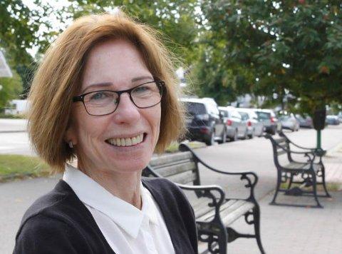 VIKARER: – Vi har fortsatt behov for vikarer så lenge flere av våre leger må gjennomføre spesialistudanning, sier Anne Brit Røst, sektorleder for helse, pleie og omsorg i Åsnes