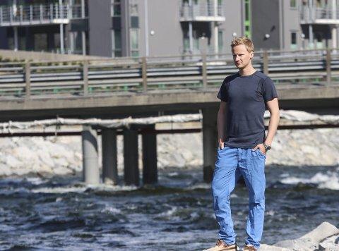 Ivrig debattant: Mats Holtmoen beskriver seg selv som oddapatriot og har engasjert seg sterkt i saken om flomsikring av Opo.  Nå har han søkt ny jobb.