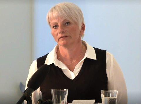 SKUFFET: Tone Moby Røreng (Ap) ønsker privatskolen i Elsfjord lykke til, selv om hun i prinsippet ikke liker privatskoler.