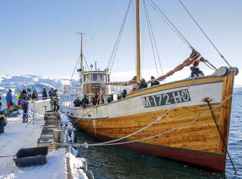 FISKEBÅTHISTORIE: Hermes II markerer i år sitt 100-årsjubileum. Fiskebåten med opphav i Alta er blitt brukt i filminnspilingen av «Den 12. mann». Foto: Jan Roger Lerbukt