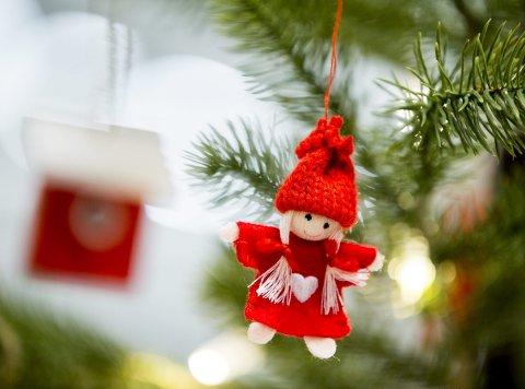 Mikroplast: Organisasjonen Norsk Juletre regner med at 350 000 norske hjem vil ha plastjuletrær i år, skriver Kristine von Hanno og minner samtidig om forurensningsproblemene.
