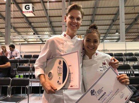 FORNØYDE: Aleksander Vartdal og Runa Kvendseth er fornøyde med innsatsen i VM og glade for å ha vunnet bronse.
