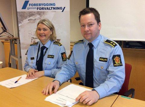 AKSJONERTE: Politioverbetjent og sjef for grense- og utlendingsseksjonen, Per Øyvind Skogmo, i Troms politidistrikt forteller at 14 personer er blitt pågrepet etter aksjonen. Bildet er tatt ved en tidligere anledning. Arkivfoto