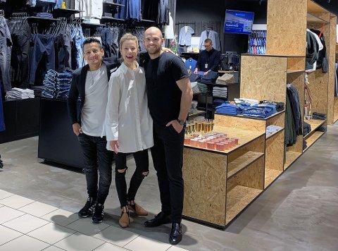KLAR MED KAOS: Her er folka bak butikkonseptet Kaos, som snart er klare for Ski storsenter. Fra venstre, Jay Monge, Julie Raastad og Peter Raknes.