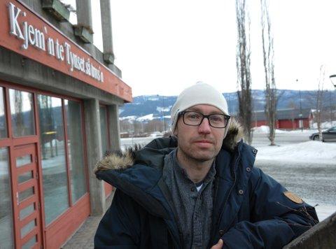 ARTIKKELFORFATTER: Kommuneoverlege Tor Halvor Bjørnstad-Tuveng i Tynset er en av tre medforfattere av en medisinskvitenskapelig artikkel om Norges første vaksinedødsfall bekreftet av Legemiddelverket.