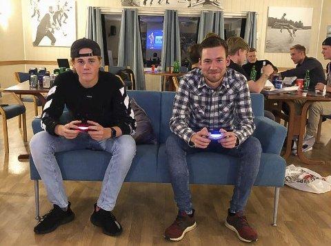 Ulrik Steen Bakke og Espen Moe var finalistene i Eidangers Fifa-turnering.