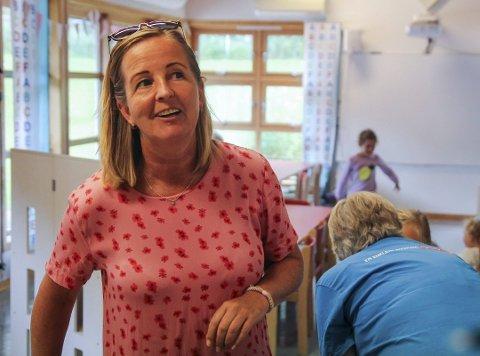 FORNØYD: Daglig leder i Skrapeklev barnehage, Lena Andersen, er godt fornøyd med at scoren på 4,8 har holdt seg stabil.