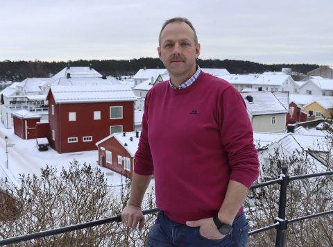 Rungende nei: Varaordfører Torstein Dahl og Senterpartiet sier veldig tydelig nei til etableringen av landbasert vindkraftproduksjon i Bamble. Et enstemmig styre i partiet har vedtatt dette, og han er sikker på at årsmøtet vil gjøre det samme.