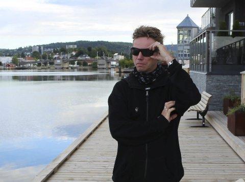Blir i Porsgrunn: Selv om han har klatret på stigen, avkrefter Pål Berby stortingsambisjoner. – Jeg står på fjerde- eller femteplass på lista til valget, og mener vi har en utmerket førstekandidat i Tobias Drevland Lund. Han er veldig dyktig, og rett mann å løfte opp, sier Berby.
