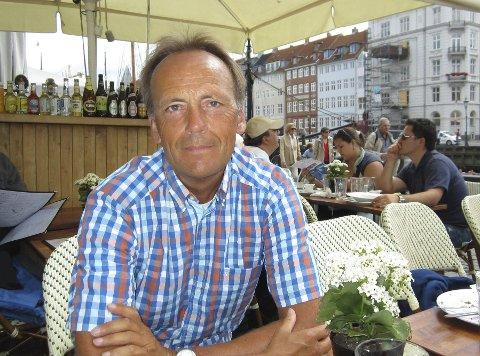 REISTE NED: Steinar Kvaran fra Brattås har kommet seg ned til leiligheten i Spania etter halvannet år. – Jeg reiste ned først og fremst for å sjekke leiligheten. Jeg har vært litt bekymra for fuktighet og dyr, sier han. Her avbildet i 2013. Foto: Privat