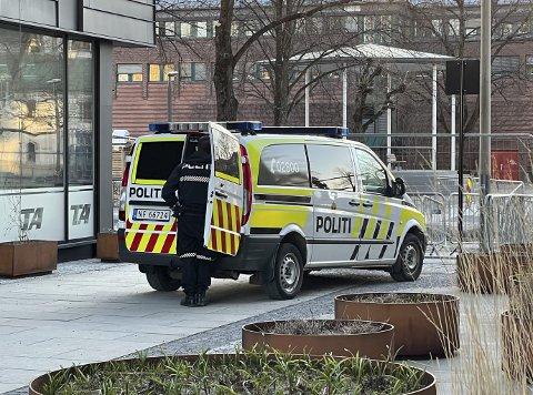 TATT I SENTRUM: 30-åringen ble pågrepet av politiet på Kammerherreløkka 16 timer etter knivstikkingen. Politiet fant både narkotika og en kniv på ham under ransakingen.