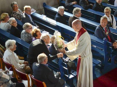 Randsfjord kirke feiret sitt jubileum med en festgudstjeneste. Her blir det også gjort stas på kirkens første dåpsbarn, 100-åringen Hans Karlsen Bråten.