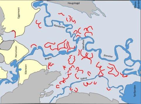 75 RAS: Her er kartet som viser hvor det har gått ras på Ringerike de siste 7.000 årene. Strekene angir raskantene, og rasene har gått mot åpningen i u-formen.