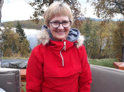 KLAGE: Kiresten Gracey (65) fra Oslo ble irritert da hun stoppet på Nesøya for å benytte seg av publikumstoalettet. Derfor sendte hun en klage til kommunen.