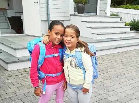 KOMMET HJEM: Eleonora Venerito (t.v.) er ute av den kritiske fasen, og har nå reist hjem fra sykehus sammen med familien. Her sammen med lillesøster Serena (t.h.).