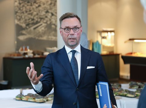 BEDRING: Direktør ved Quality hotel Tønsberg, Øyvind Hagen, er mer positiv ovenfor sommeren nå, etter at hotellgjester og konferansene begynner å komme tilbake igjen.