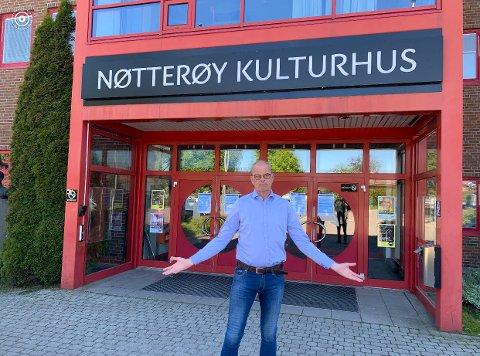 """OPPGITT: Færder-ordfører Jon Sanness Andersen (Ap) finner det meningsløst og urettferdig at Nøtterøy kulturhus ikke mottar den """"korona""""-støtten"""" mange andre kommunale kulturhus nå får."""