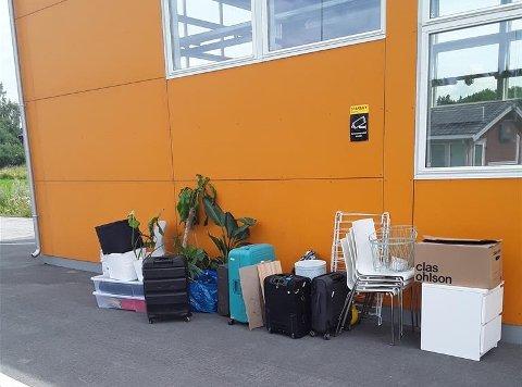 FOR MYE: Føreren av varebilen måtte sette igjen dette for å få lov til å kjøre videre etter kontrollen i Verdal onsdag. Planen er å kjøre varebilen til Bodø