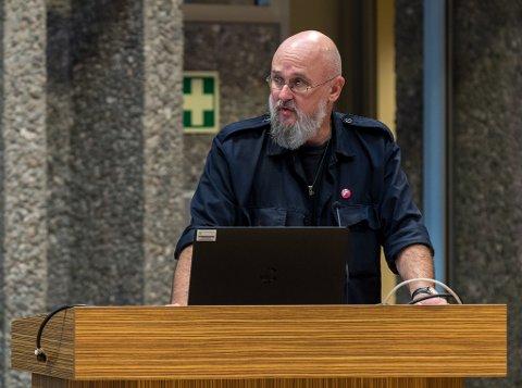 Jordvern: Erling Outzen (SV) fremmet sammen med MDG forslag om å ta minst mulig dyrket jord når man valgte tunnelinnslag ved Ålvundfossen.