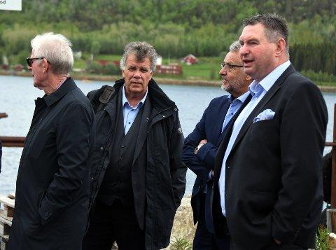 Nytt møte: Ordfører Rune Edvardsen (t.h.) i Narvik og kollega Jan-Folke Sandnes fra Hamarøy deltok begge på møtet i Ballangen.