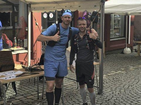Fredrik Berentsen og Peter Arnoldsen Fredrik brukte 4 timer og 41 minutter på 7-fjellsturen.