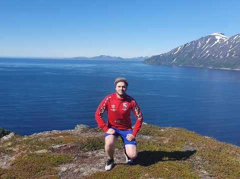 SKIFTAR MILJØ: Kjetil Moen Braathen bur og jobbar i dag i Loppa kommune. 1. juni begynner han i ny jobb om lag 250 mil lenger sør i landet, som personalrådgivar i Sokndal kommune.