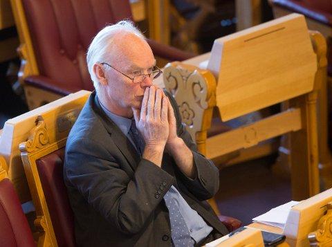 UTFORDRER SP: Er Sp og Per Olaf Lundteigen (bildet) villig til å gjøre det som trengs for å sikre Norges økonomiske og kulturelle bærekraft? En Frp-troika fra Buskerud utfordrer Sp i dette debattinnlegget.