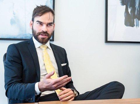 VENTER: – Arbeiderne venter på pengene sine, sier advokat Preben Askø i Askø Advokatfirma.