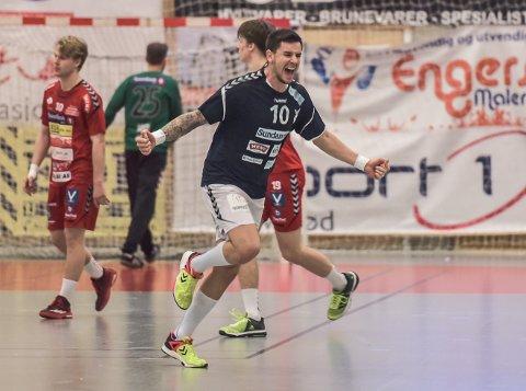 PRISGITT: Stefan Ilic har vunnet prisene årets nykommer og årets publikumsfavoritt for eliteserien menn 2017/18.