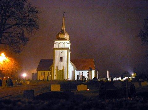 NYE LØSNINGER: Det blir julegudstjenester i Solør, Vinger og Odal prosti i år. I Vinger kirke blir det er fire gudstjenester på julaften med maksimalt 50 personer inne om gangen.
