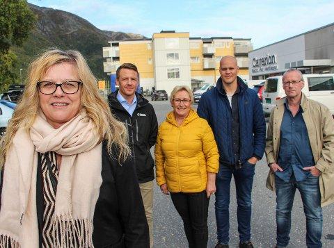 Tommy Thrana,  Ewa Rosting Enge,  Espen Isaksen og Bjørnar Andreassen har fått SNN1s Wenche Solli (t.v.) med på laget og kan tilby et superbillig kurs øremerket næringslivet på Helgeland.